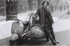 Toshima Yasumasa, with his beloved bike in Madrid